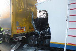Verkehrsunfall_A99_Feuerwehr_Kirchheim_14122016_04